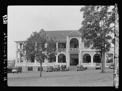 Kampala. Imperial Hotel in 1936