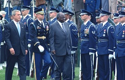 President George W. Bush and Mwai Kibaki, Kenya's head of state, pass in front of the USAF HG during an arrival ceremony on the south lawn of the White House.