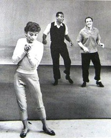 Jeanne Coyne with Kelly (far right) in 1958. Coyne married Donen in 1948 and later married Kelly in 1960.