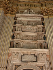 Wall tomb of Pius III in Sant'Andrea della Valle
