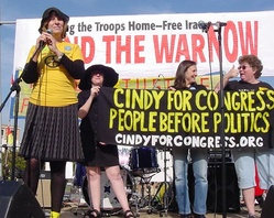 Cindy Sheehan campaigns at an End the War Now! rally in San Francisco, October 2007
