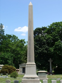 Van Nest family plot in Woodlawn Cemetery