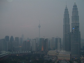 The business district of Kuala Lumpur in the evening of 29 September 2006. Menara Kuala Lumpur was barely visible. The average API for that day was in between 70 and 80.