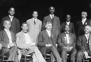 Executive Committee of the National Negro Business League, c. 1910. NNBL founder Booker T. Washington (1856–1915) is seated, second from the left.