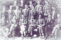 The Uffizi Society Oxford, ca. 1920. First row standing: later Sir Henry Studholme (5th from left). Seated: Lord Balniel, later 28th Earl of Crawford (2nd from left); Ralph Dutton, later 8th Baron Sherborne (3rd from left); Anthony Eden, later Earl of Avon (4th from left); Lord David Cecil (5th from left).