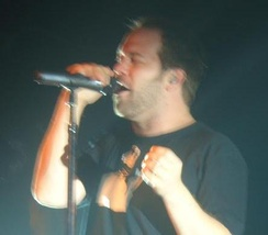 Scott Anderson performing with Finger Eleven in 2007.