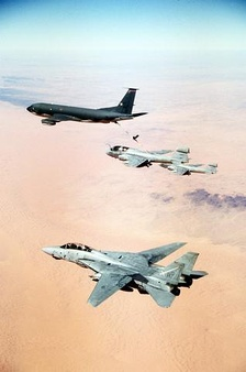 U.S. military aircraft flying over Iraq during the Gulf War