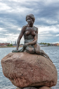 The Little Mermaid statue, an icon of the city and a popular tourist attraction