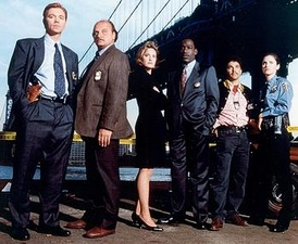Original cast (from left): Caruso, Franz, Stringfield, McDaniel, Turturro, and Brenneman