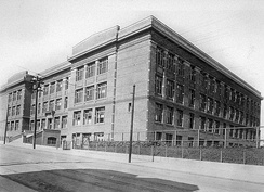 Lowell High School in 1917 at Hayes & Masonic Streets