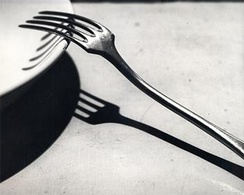 The Fork, or La Fourchette, was taken in 1928 and is one of Kertész's most famous works from this period[4]