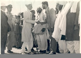 Jinnah meeting with Baluchistan's leaders.