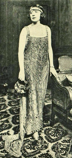 In The Laughing Lady, 1922
