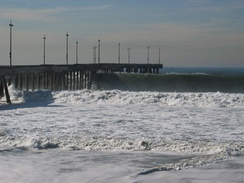 Waves at the Pier, December 21, 2005