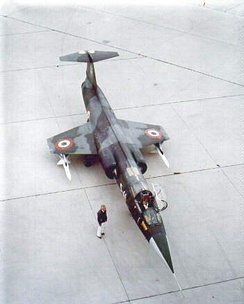 Italian Air Force F-104S in original camouflage scheme with Sparrow missiles mounted under the wings, c. 1969