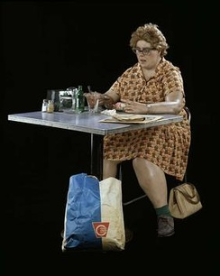 Duane Hanson, Woman Eating, polyester resin, fiberglass, polychromed in oil paint with clothes, table, chair and accessories, Smithsonian American Art Museum, 1971