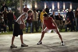 "Lucas and Nathan during the basketball game at the climax of the pilot episode. The pilot is considered one of the show's ""most essential"" episodes.[65]"