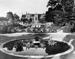 A picture of the Penhurst Mansion and reflecting pool