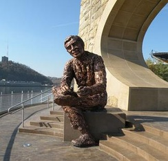 Memorial statue in Pittsburgh, Pennsylvania, created by Robert Berksopened to the public on November 5, 2009
