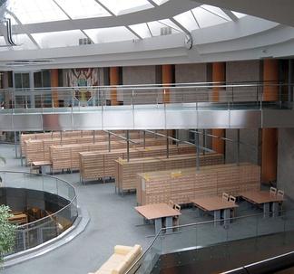 Устаревшие (бумажные) каталоги на втором этаже Национальной библиотеки Белоруссии.