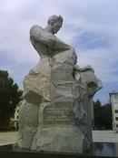 Монумент первооткрывателям башкирской нефти.JPG